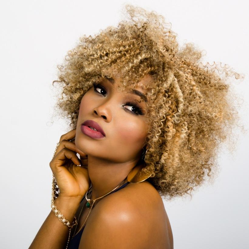 woman-face-curly-hair-157920-2